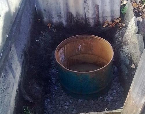 Туалет для дачи без запаха и откачки: обзор современных решений 12