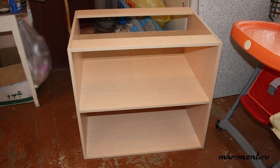 Упрощенный вариант ящика нижнего ряда. Верхняя панель заменена двумя планками это позволяет снизить расход материалов и стоимость.