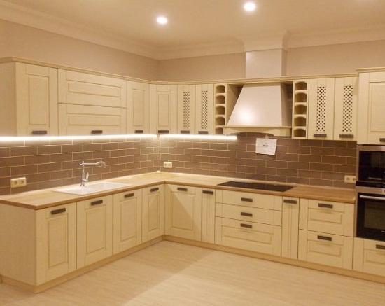 Источники света для кухонных шкафов.