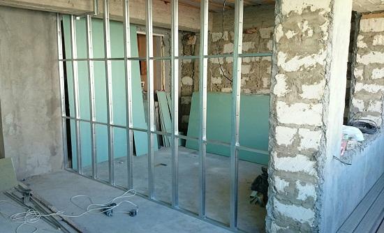Как установить стену из гипсокартона своими руками 96